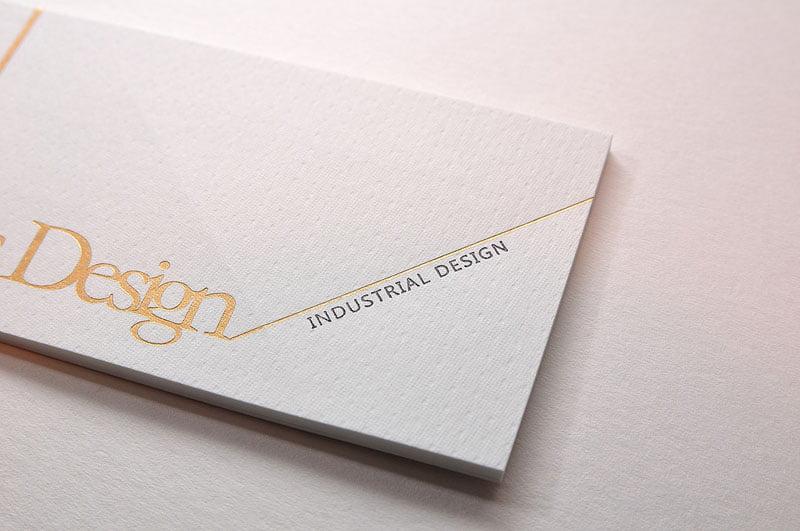 名片設計紙質的應用 、燙金的設計手法